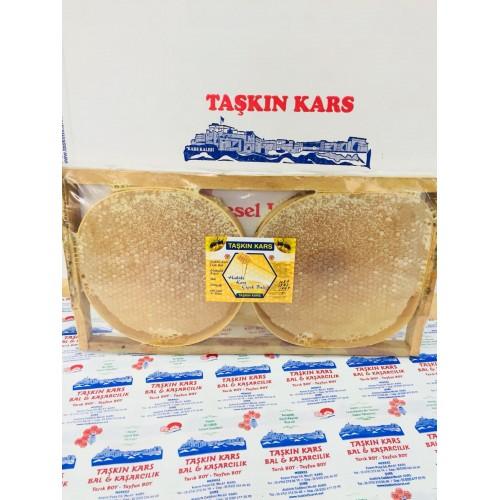 Kars Karakovan Petek 3 kg Civarı gelmekte